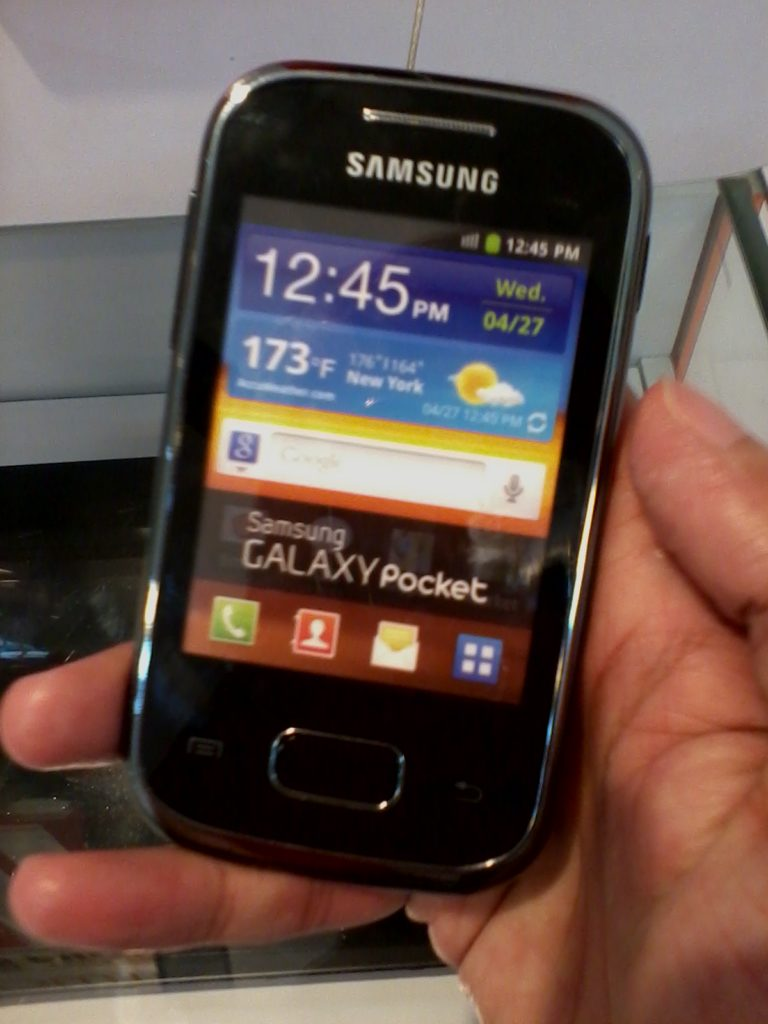 Samsung Galaxy Pocket SPOTTED!