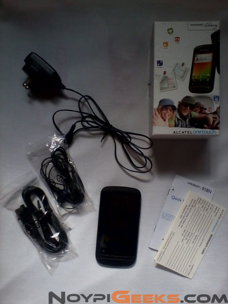 Alcatel One Touch Blaze Glory 918N Box Contents