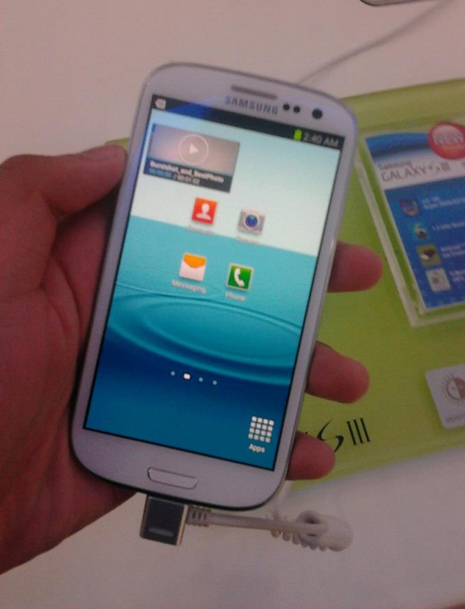 apple-vs-samsung-galaxy-s3-galaxy-note-2-10-1