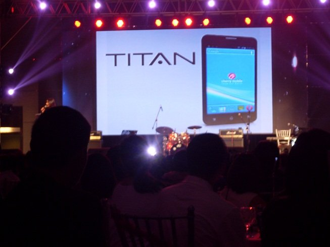 Cherry Mobile Titan W500 Price, Specs – 5.0-inch Display, 1GHz Dual-core, ICS