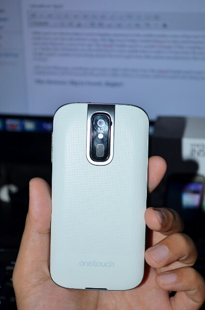 Alcatel Insight 993D Review 3