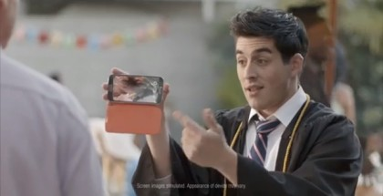 iPhone users amazed by GS4 on the Samsung Galaxy S4 commercial [Video]