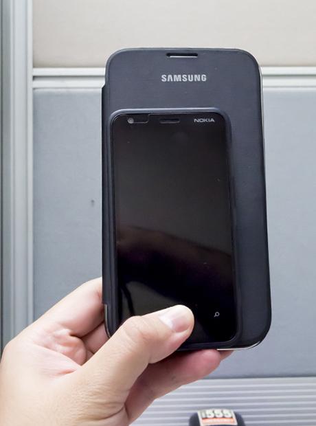 Nokia Lumia 620 with Samsung Galaxy Note 2