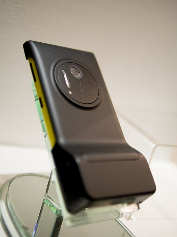 Back of Lumia 1020