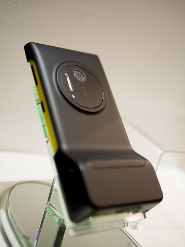 Back of Lumia 1020