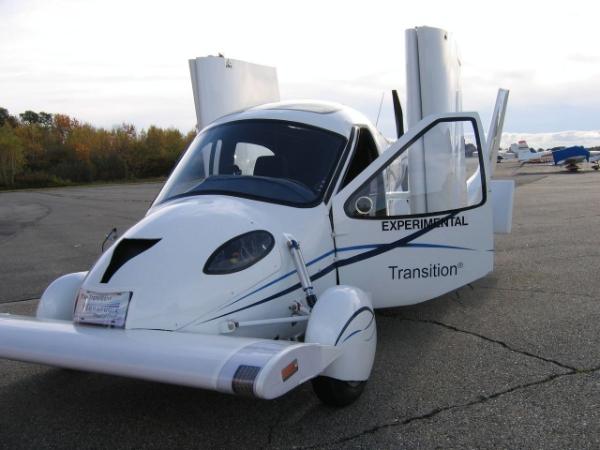 terrafugia-transition-roadable-aircraft-makes-maiden-flight_15