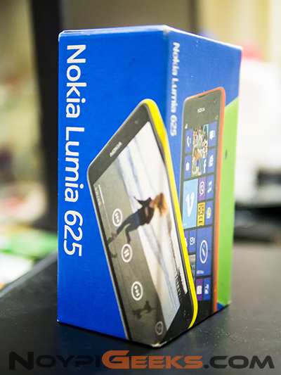 Packaging of Nokia Lumia 625 - NOYPIGEEKS