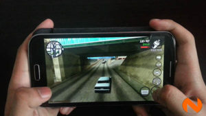 Gaming on phablet OPlus Fab Elite