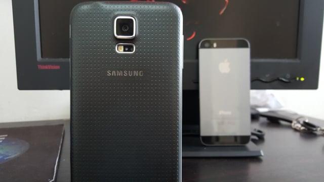 Samsung Galaxy S6 Edge Review-1