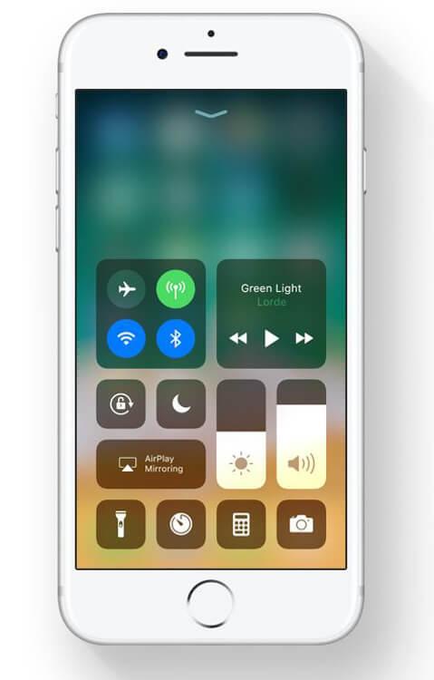 Apple iOS 11 - Revamped Control Center