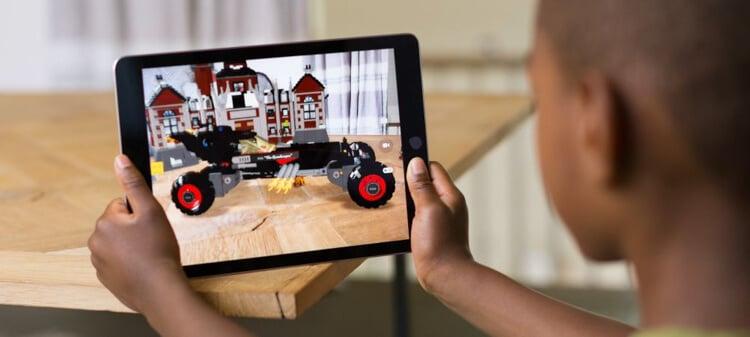 Apple iOS 11 Augmented Reality