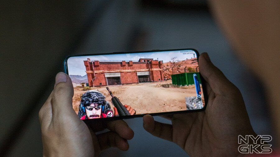 OPPO-Find-X-display