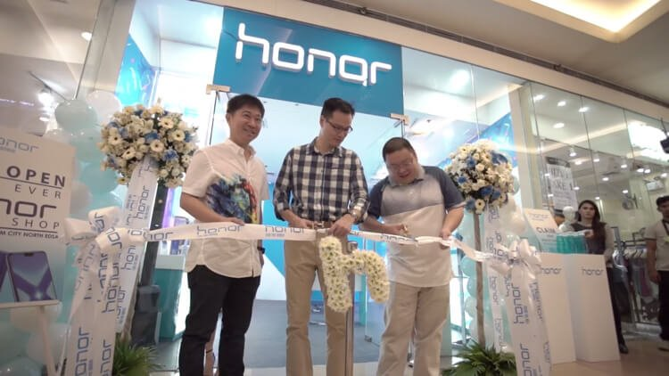 Honor-Store-SM-North-EDSA-Philippines