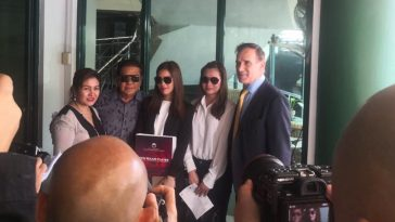 chavit-singson-tierone-communications-join-forces-for-third-telco-bid