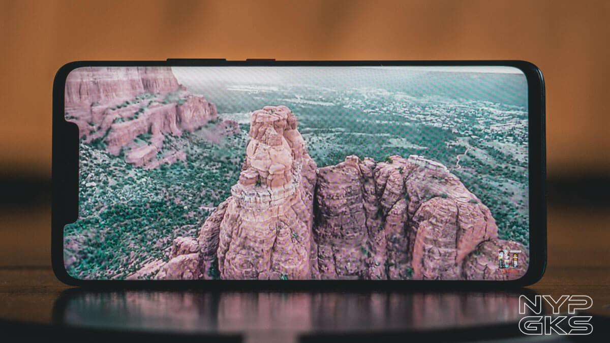 Huawei-Mate-20-Pro-display
