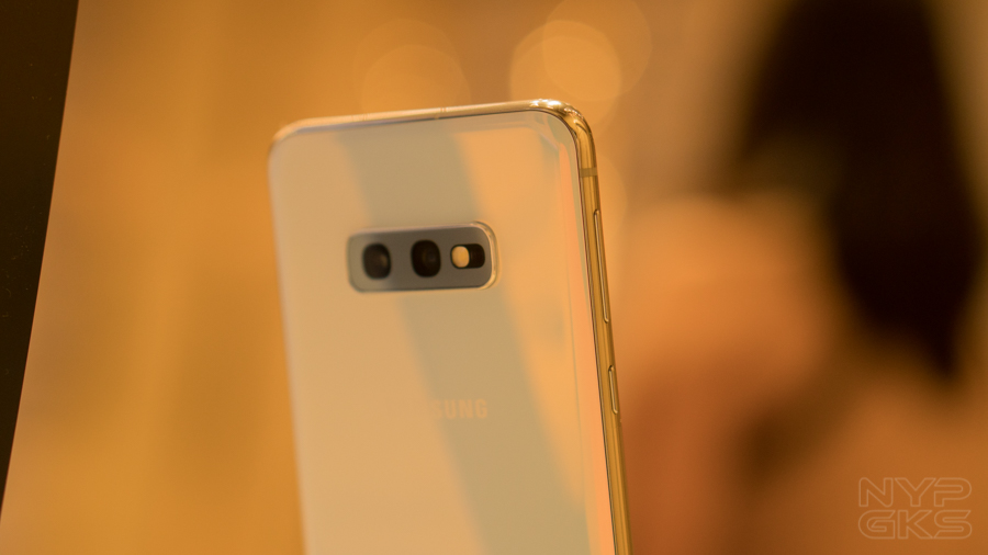 Samsung-Galaxy-S10e-features