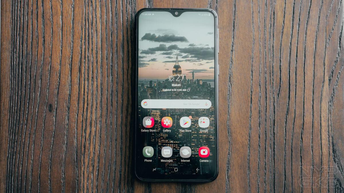 Samsung-Galaxy-M20-display
