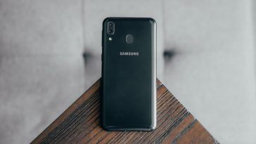 Samsung-Galaxy-M20-review