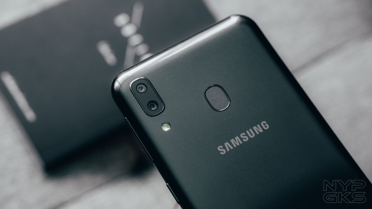 Samsung-Galaxy-M20-review-camera