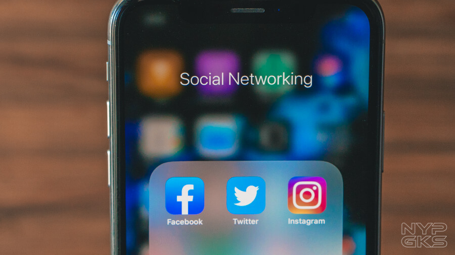 Facebook-Twitter-Instagram-Social-Media-5937