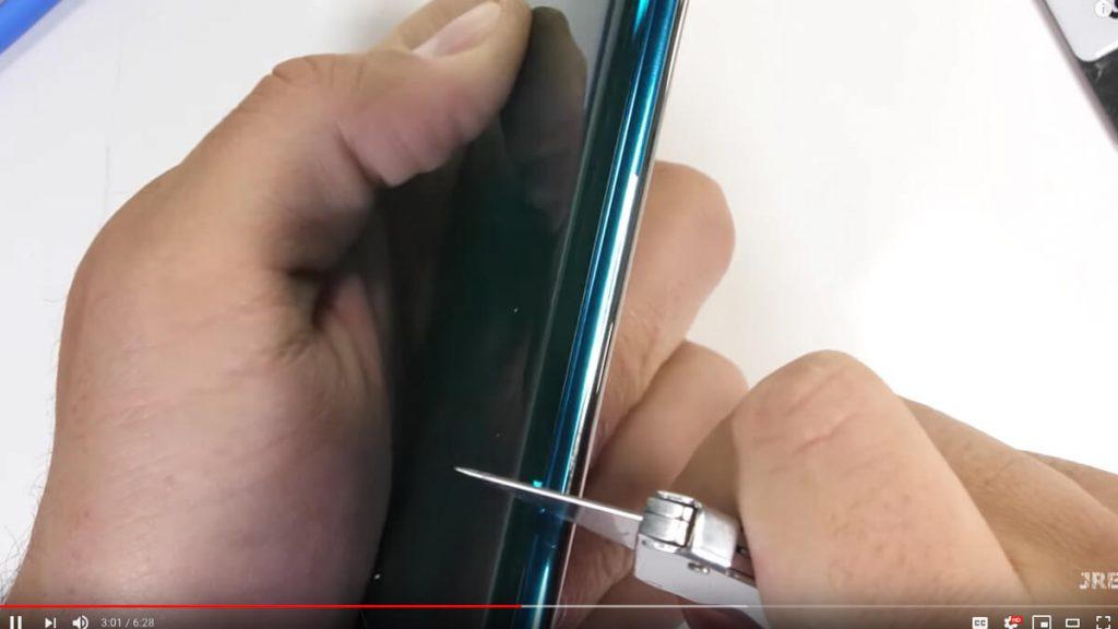 Xiaomi-Mi-Note-10-Duability-test-NoypiGeeks-5401