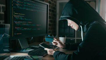 Computer-phone-hacker