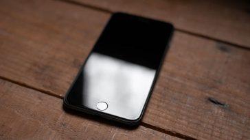 iPhone-SE-2020-8291