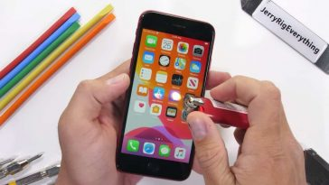 iPhone-SE-2020-durability-test-2810