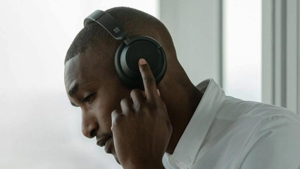 Microsoft-Surface-Headphones-2-NoypiGeeks-5341