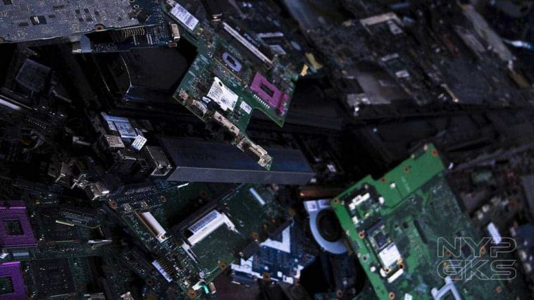 Scrap-computer-parts