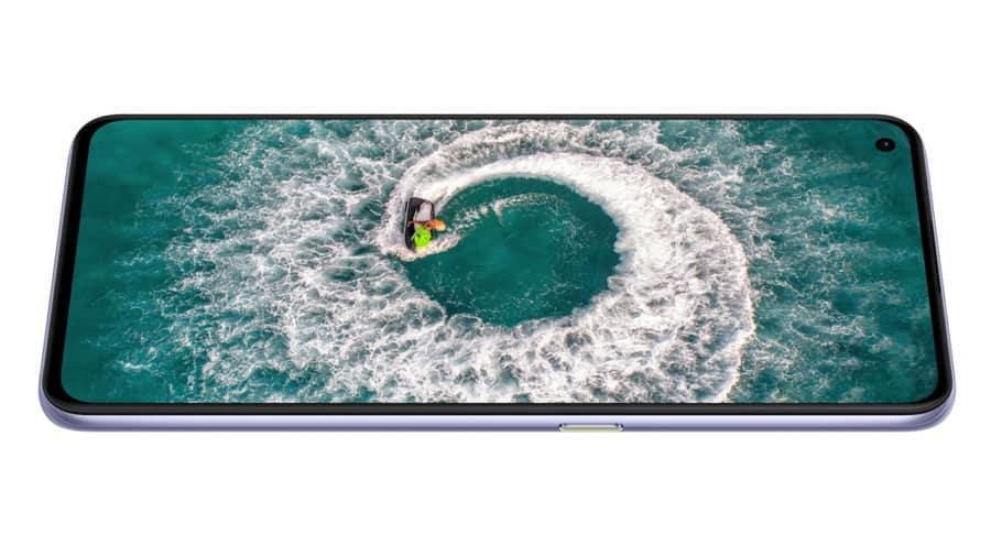 Realme-X7-Pro-NoypiGeeks-5414