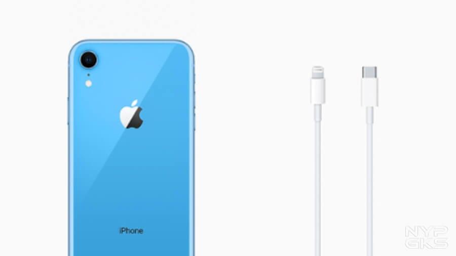 iphone-se-11-xr-stripped-adapter-earpods-5415