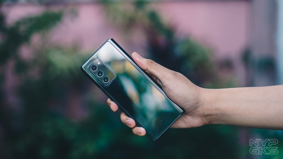 Samsung-Galaxy-Z-Fold-2-Review-NoypiGeeks-5753