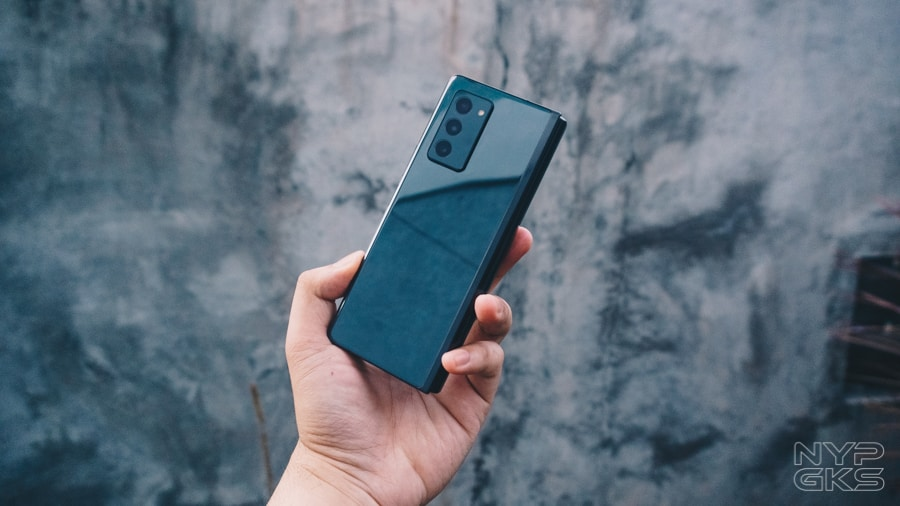 Samsung-Galaxy-Z-Fold-2-Review-NoypiGeeks-5758