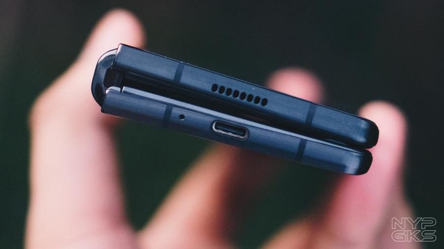 Samsung-Galaxy-Z-Fold-2-Review-NoypiGeeks-5760