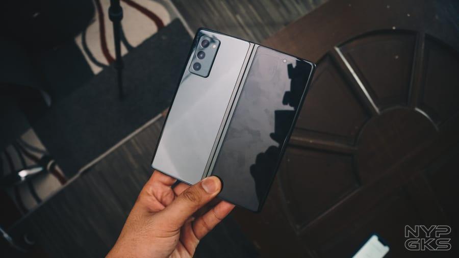 Samsung-Galaxy-Z-Fold-2-Review-NoypiGeeks-5765
