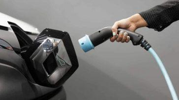 Car-battery-full-capacity-5-minutes